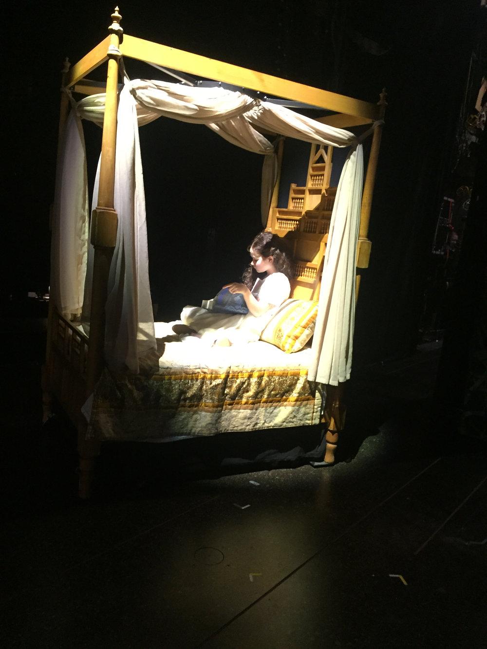 Bea Corley as Annie Lennox