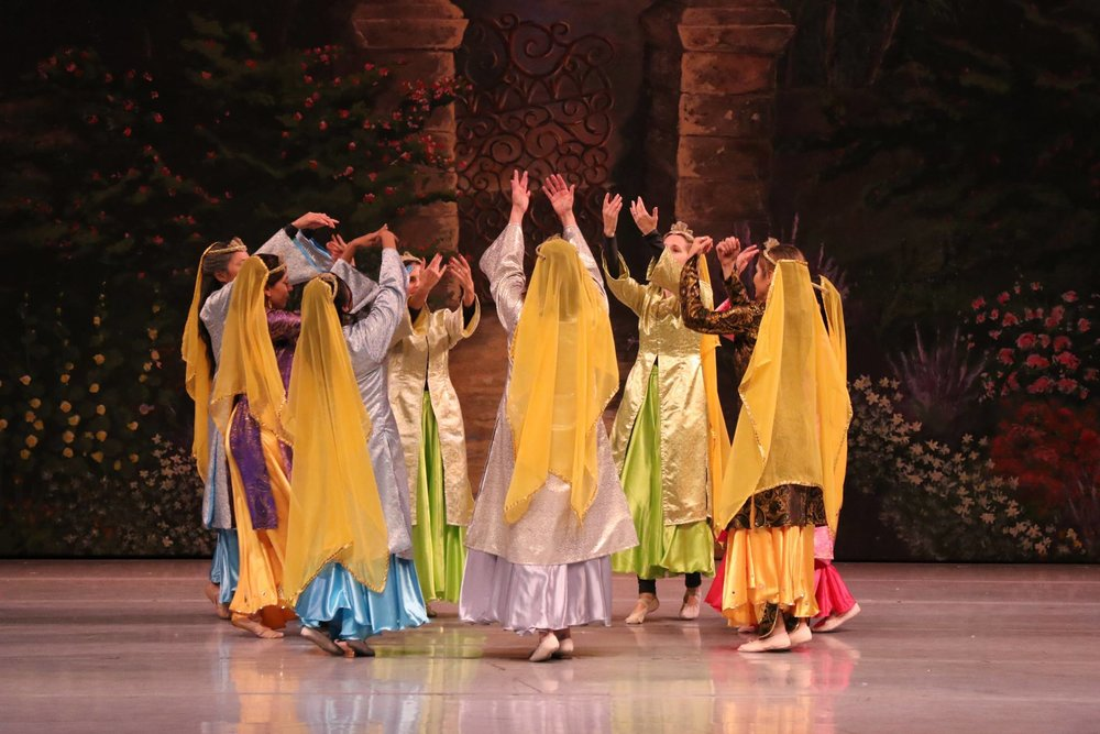 Persian-Dancers-Group-San-Jose.jpg