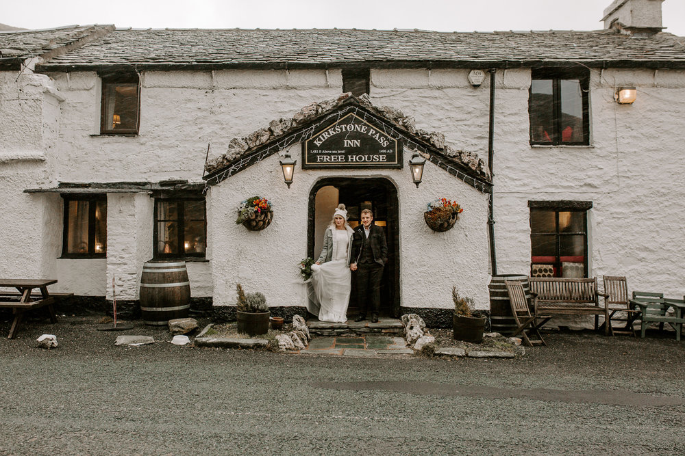 Lake district winter elopement wedding LR-28.jpg