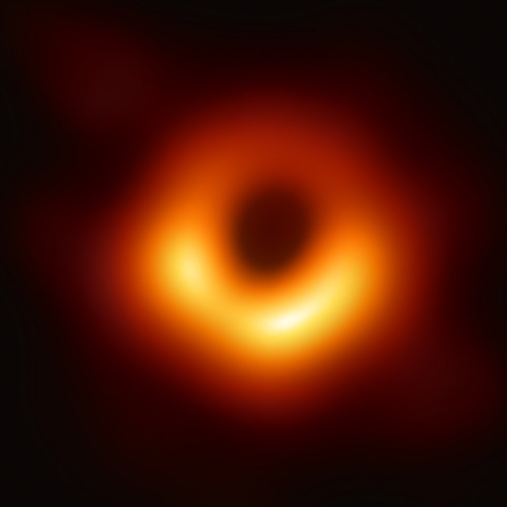 Black_hole_-_Messier_87