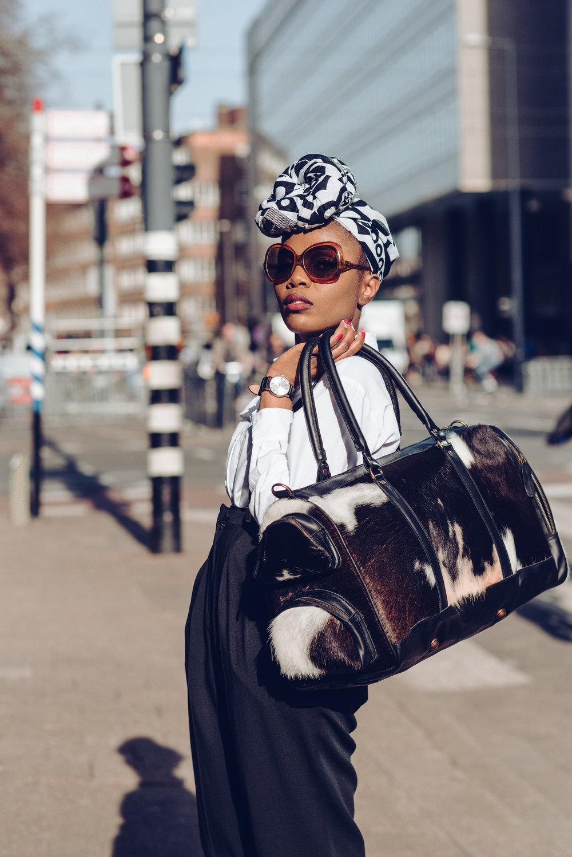 Wearing // Blouse & Shoes ZARA, Pants H&M, Sunnies Vintage, Bag  Mahi Leather