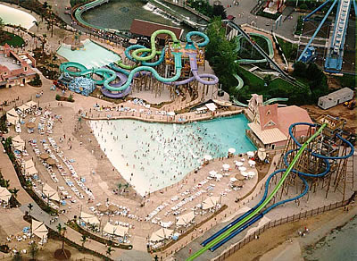 A nice view of the waterpark, named Hurricane Harbor, after its opening at the end of May 2000.