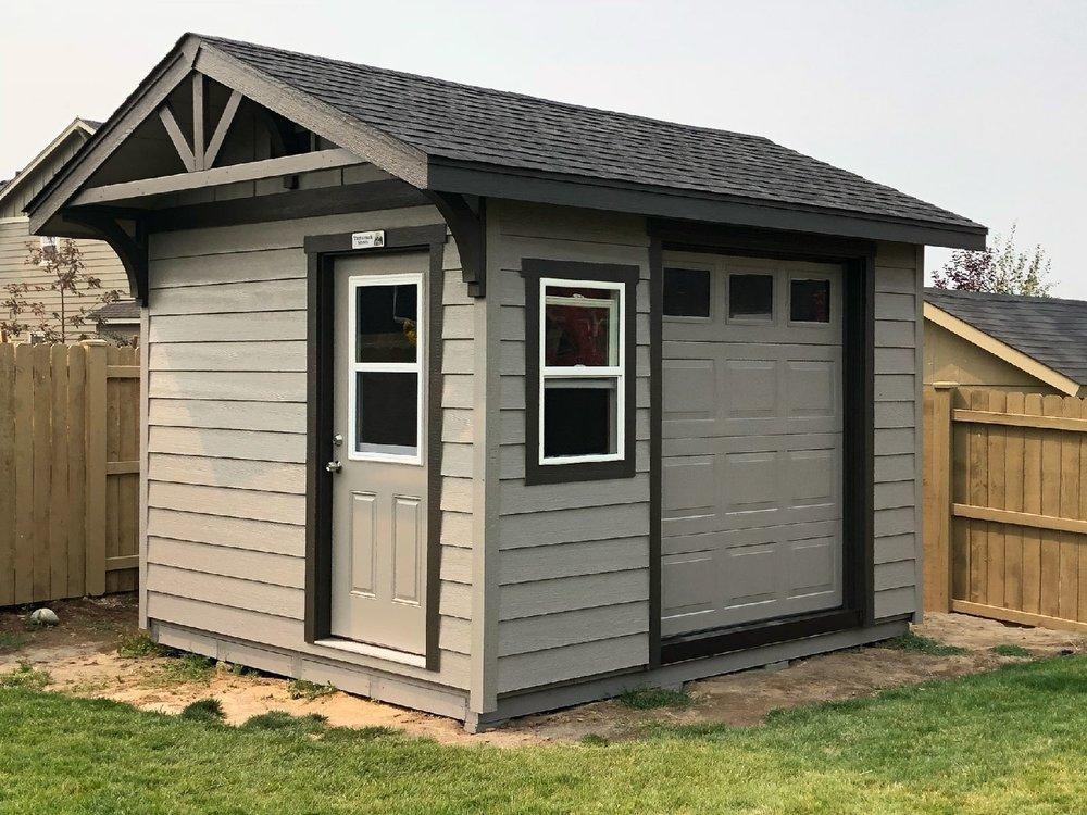 Ochoco Studio shed - Inspired by the Ochoco Mountains near Prineville.