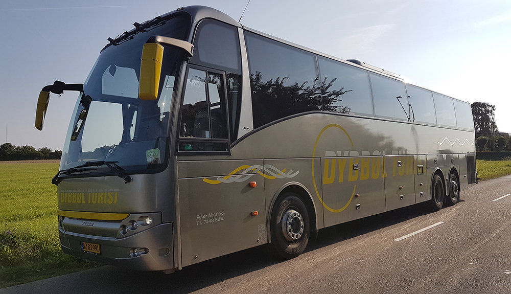 Stor 56 personers Berkhof turistbus fra Dybbøl Turist