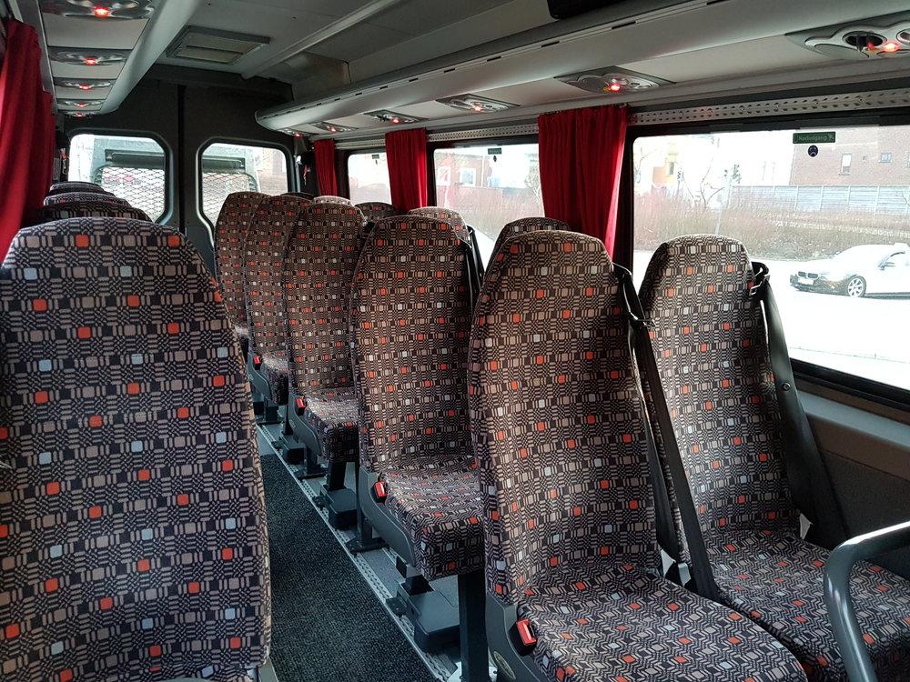 Minibus Joergen indvendig.jpg