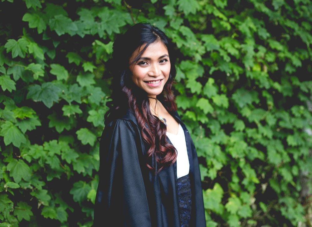 graduation-2613177_1920.jpg