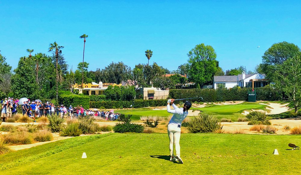 Sweet-Swinging Jin Young Ko tees off at Wilshire's 7th, playing 92 yards for the final round to a front and far left hole location.