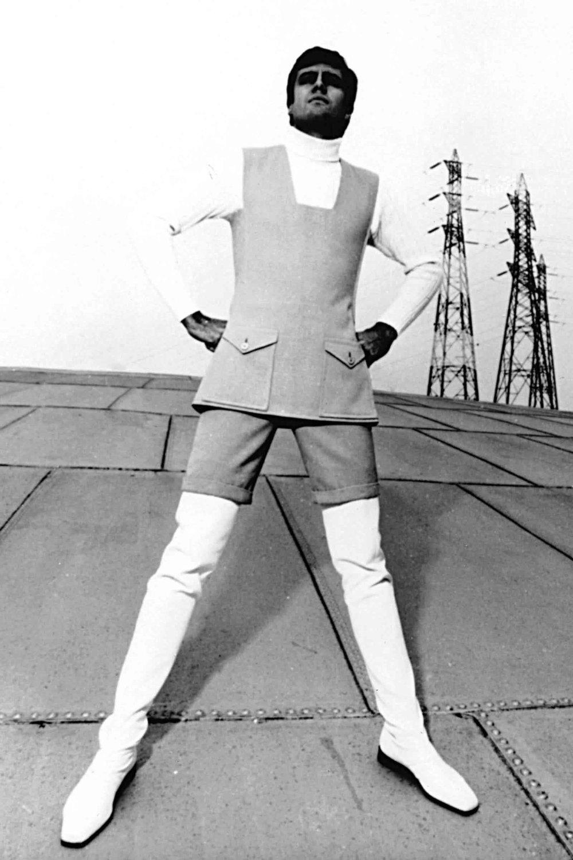 Grande mesure, collection Printemps / Eté 1965.