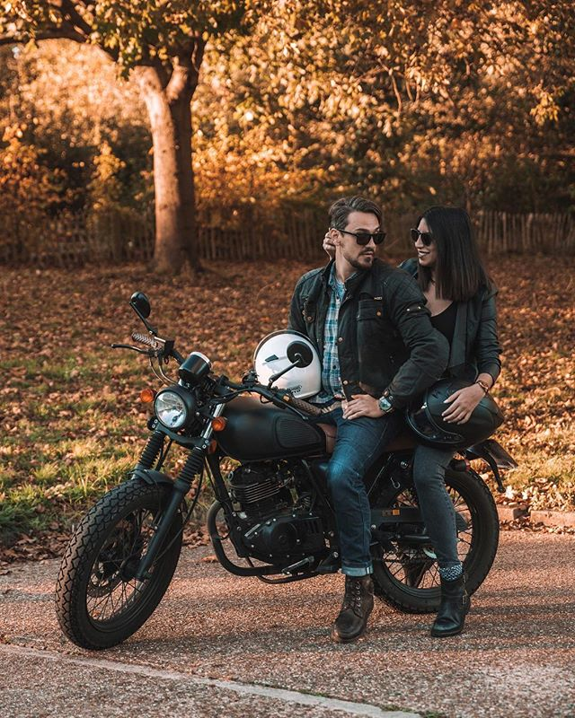 With my ride or die 🏍 Happy Valentine's Day y'all ❤️ * This month also marks 5 years with @photoammon so I wanted to share a shot I love from a the end of last year! I realised I never posted this one and man, I love it so much 🧡 I can't wait for what the future holds with us! * [Gifted - glasses/watch by @mvmt & mvmtwomen] * We're also working behind the scenes on some new content for the site and a new project we hope to have launched by or in April, but we need to move first! Should be getting the keys this week 🔑 . . . . .  #streetstyle #streetphotographer #HypeBeast #lensculture #exploremore #lifestyleblog #thehappynow #storytelling #postthepeople #makemoments #streetlife #everydayeverywhere  #throttlesociety #agameoftones #travelcouple #motorbike #motorcycles #globecouples #creativetravelcouple #bikersofinstagram #motorbike #thisislondon #shutup_london #london_only #unlimitedlondon #londoncalling #londoncollective  #editorial #valentines #valentine