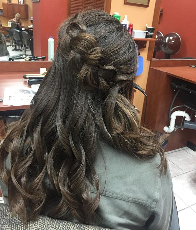 Let prom season begin! Braid by Michelle #hair #haircolor #braids #hairstyles #hairsalon #beafriendbringafriend #andreyssalon