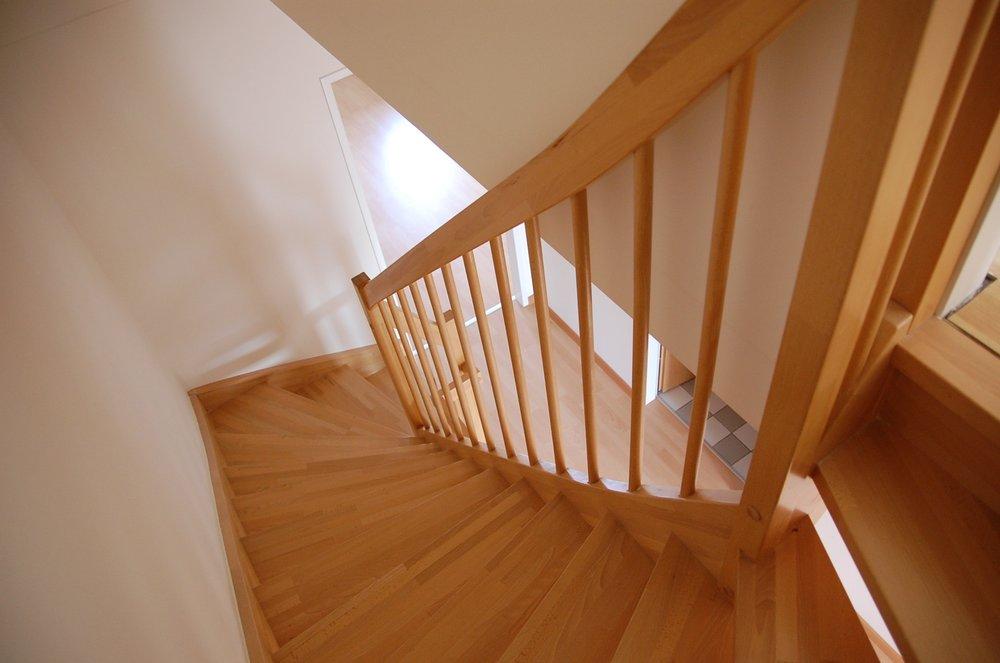 apartment-architecture-family-276656.jpg