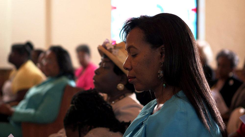 Woman_Profile_Westminster_Church_Eyes_Closed_AmericanCreed_72dpi.jpg