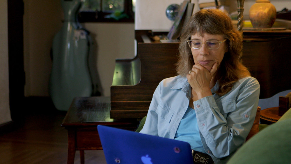 Joan_Blades_on_Laptop_AmericanCreed_72dpi.jpg