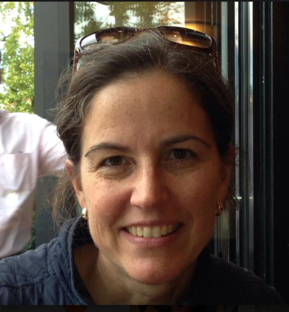Headshot of Susan (Durbin) Conniff.
