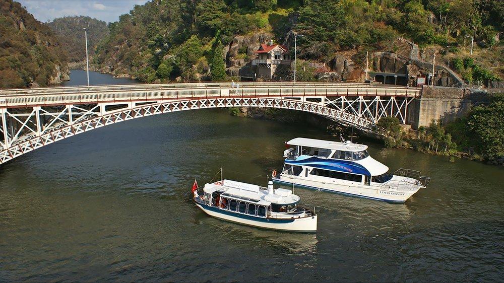 atdw-tamar-river-cruises-59f673d19a1ee23a4b709416.jpg