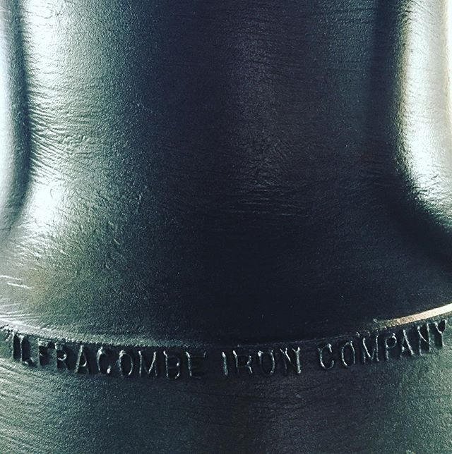 #bellissima #historicbell #bell #miningmuseum #ironmining #hematite #miningtown #mininglife The first iron ore was discovered near Beaconsfield, Tasmania.