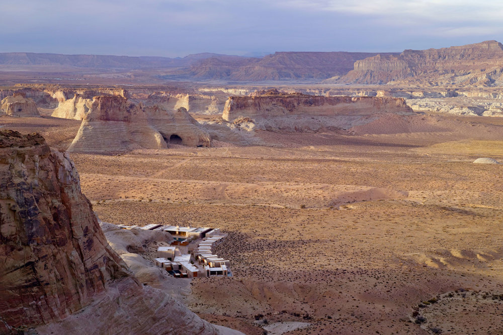 amangiri_aerial_valley_view_from_mesa_2_office_3241.jpg