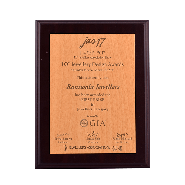 01-First-Prize---Jewellers-Category,-10th-Jewellery-Design-Awards---JAS-2017.png