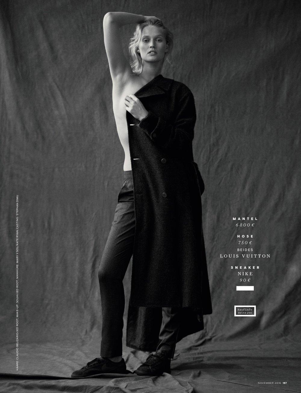 Toni Garrn GQ 1116 (1) 8.jpeg