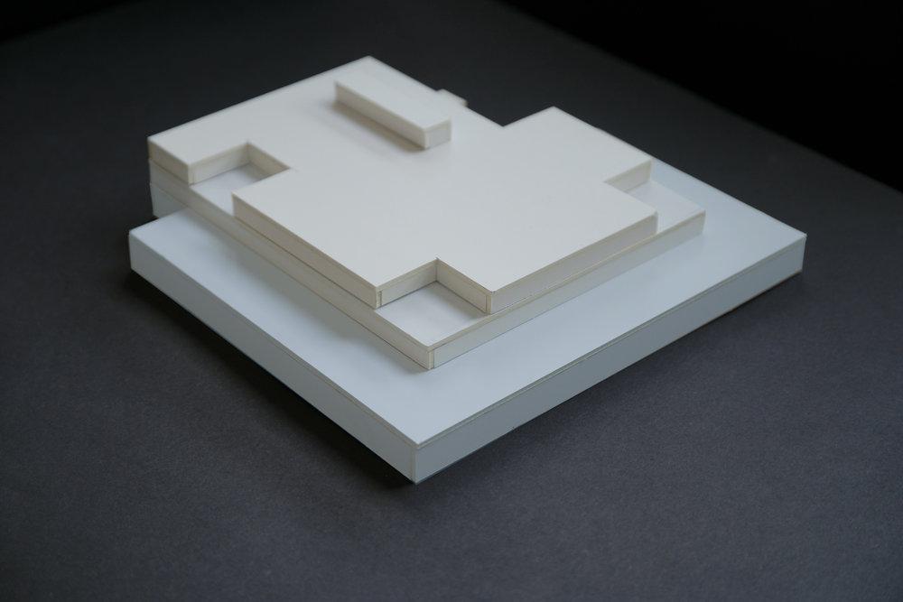 A1 skulptur i papp Nina Torp.jpg