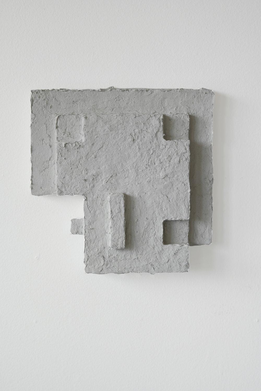 A1 skulptur i papiermache Nina  Torp.jpg