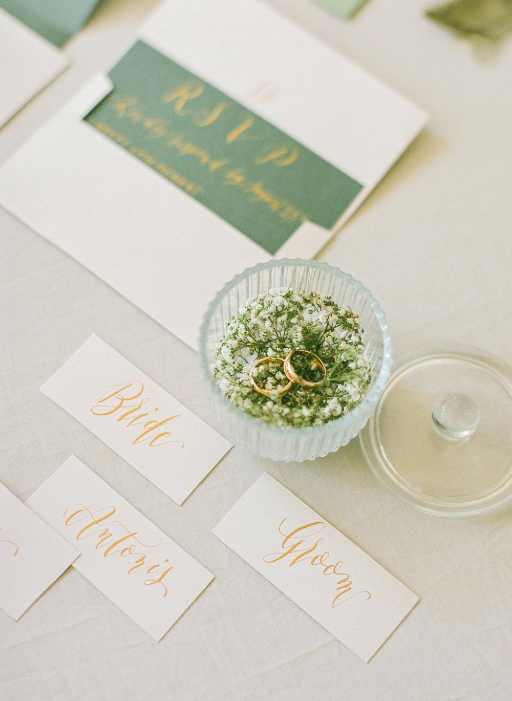 wedding suite di Beautiful Letter, anelli di D&D Artigiano Orafo