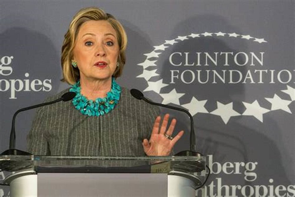 THE CLINTONS ARE CLOSE TO COLLAPSE ALONG WITH THEIR FOUNDATION - FBI agents have raided the home of a supposed whistle-blower working for Department of Justice.The whistleblower has been said to have delivered documents relating straight to the Clinton Foundation and its alleged heavy corruption along with the Uranium One deal. He has sent this to a government watchdog, according to the whistle blower's attorney.