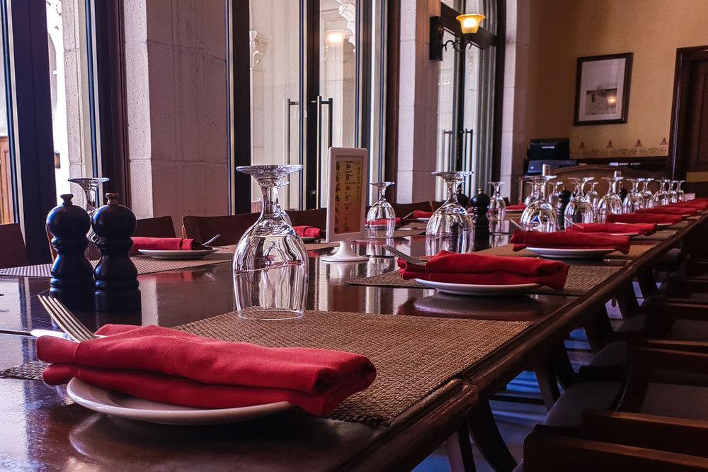 hickorys-restaurant-5-yas-links-abu-dhabi.jpg
