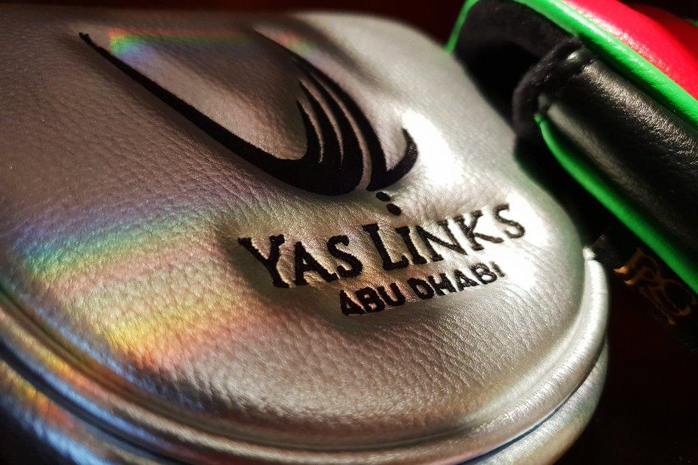 yaslinks-pro-shop-1.jpg