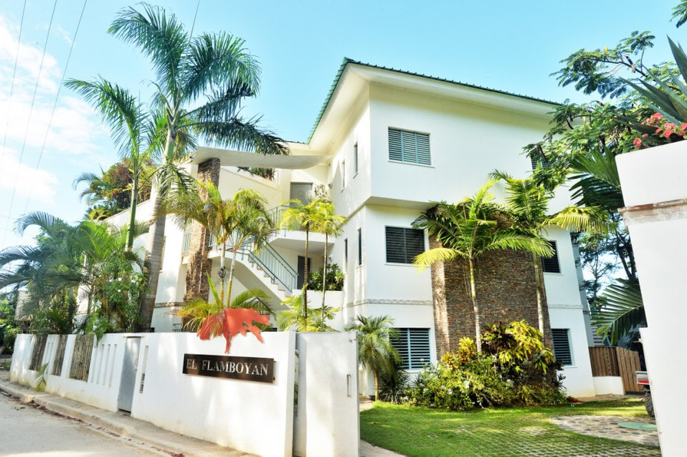 El Flamboyan apartments for sale in las terrenas entree1_1_orig.jpg