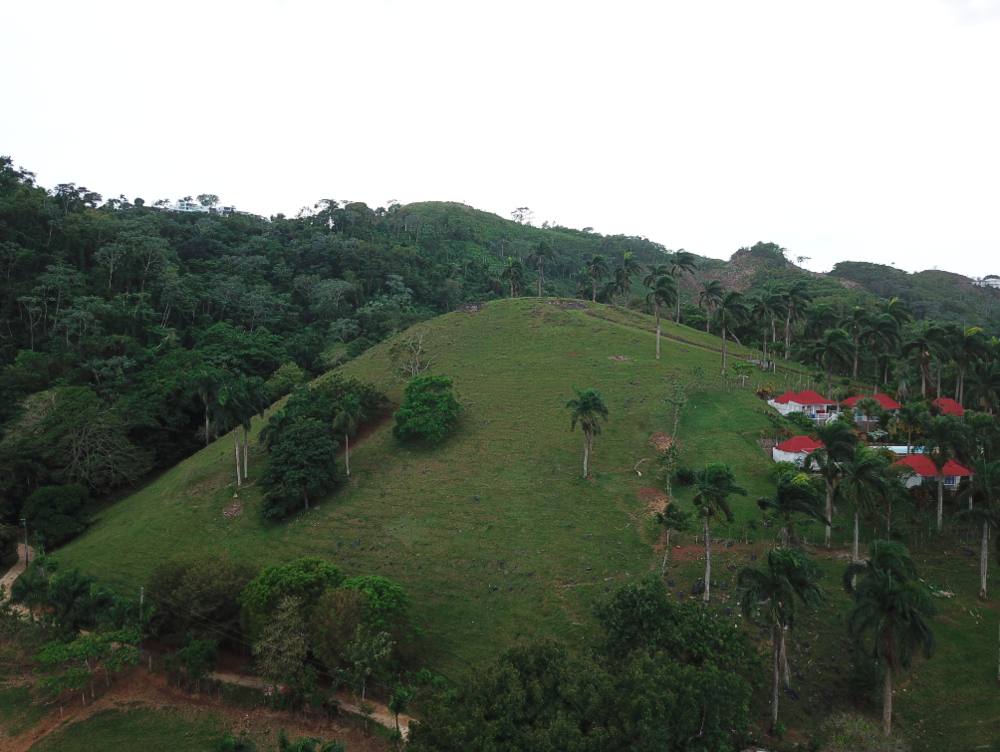 Loma land for sale las terrenas 1.png