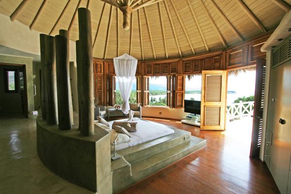 Loma Bonita Master Bedroom 1.jpg