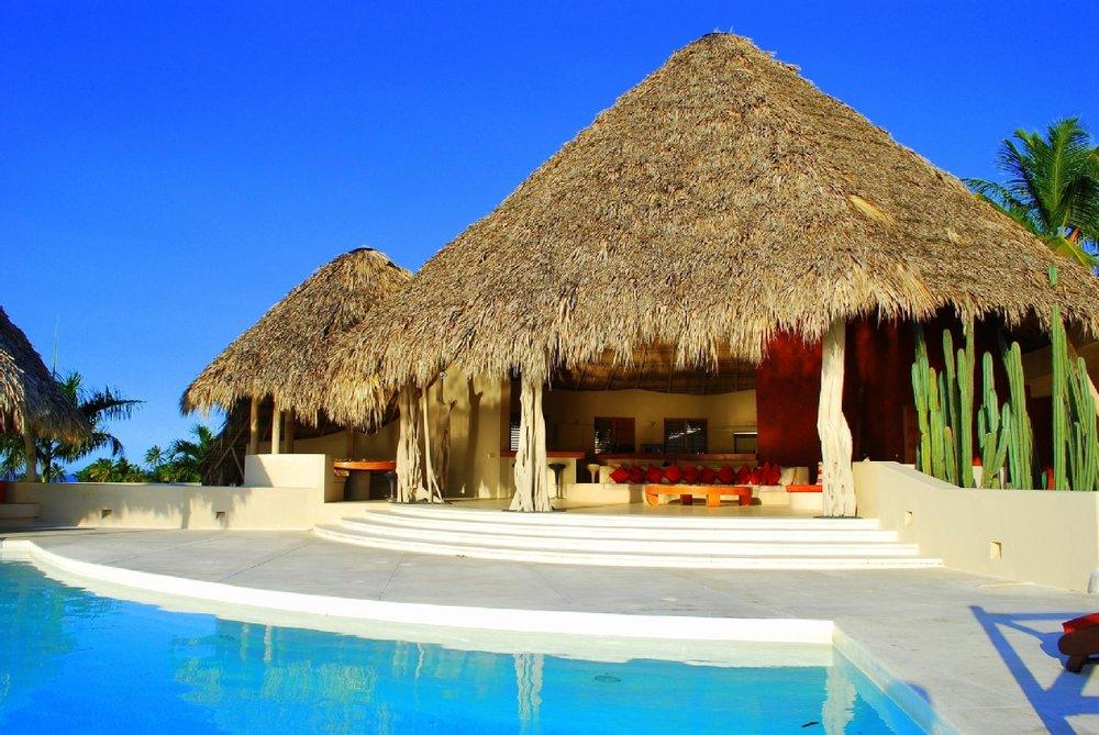 Loma Bonita Pool.jpg