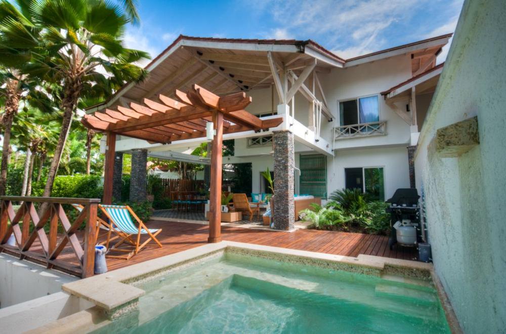 Beachfront town house Balcones for sale Las Terrenas 2.png