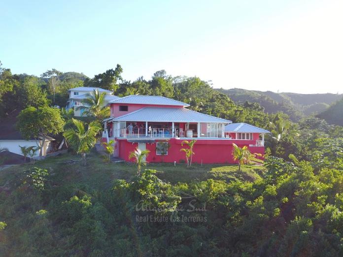 Hiiltop villa for sale ocean view las terrenas7.png