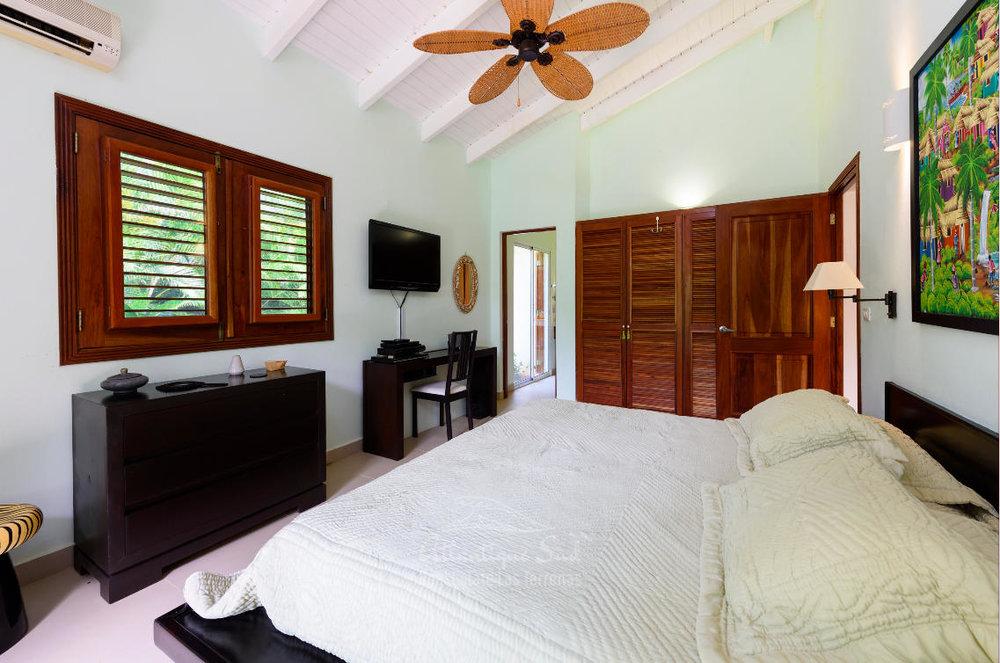 Villa in playa bonita for sale dominican republic9.jpg