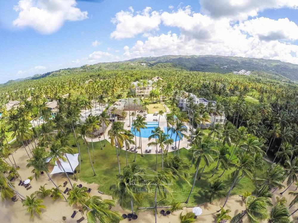 Beachfront condos for sale Las terrenas Playa Cosón15.jpg