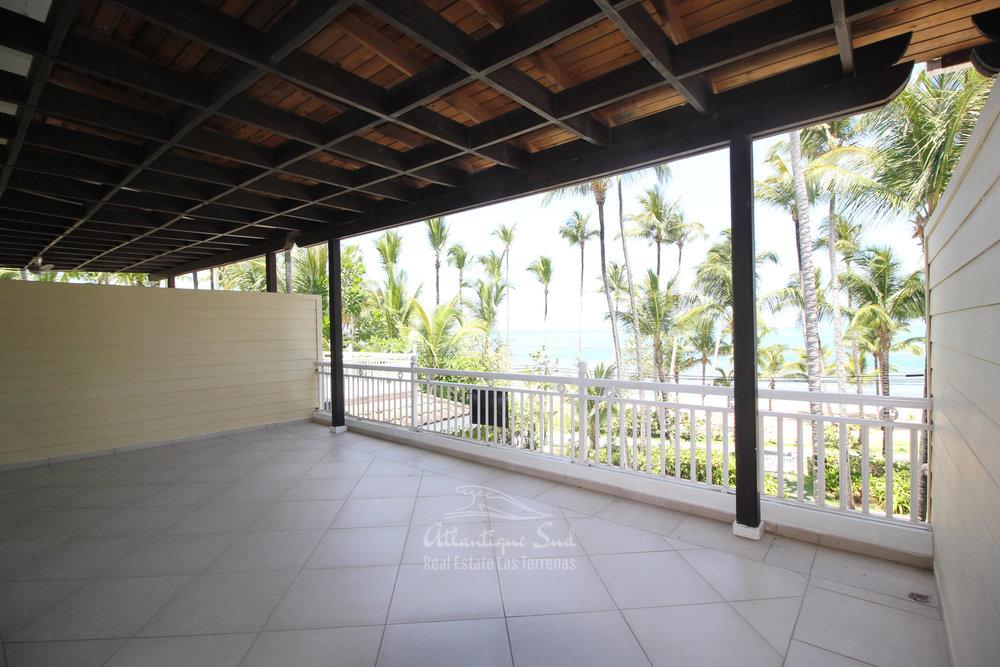 Spacious beachfront apartment in Playa Las Ballenas  in Las Terrenas Real Estate Dominican Republic4.jpg