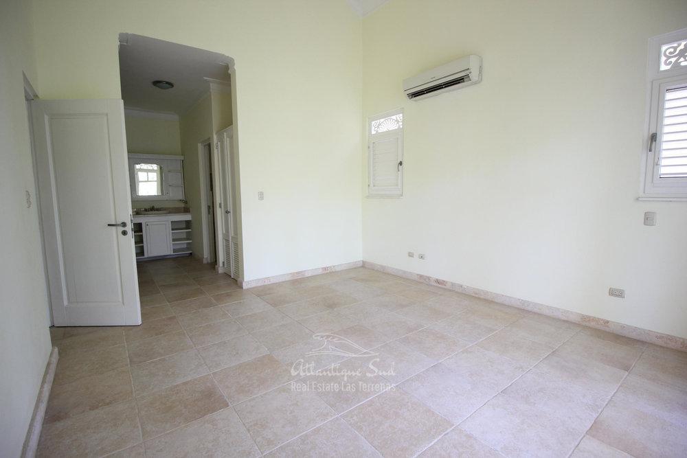 Spacious beachfront apartment in Playa Las Ballenas  in Las Terrenas Real Estate Dominican Republic14.jpg