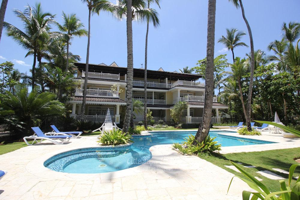 Spacious beachfront apartment in Playa Las Ballenas  in Las Terrenas Real Estate Dominican Republic20.jpg