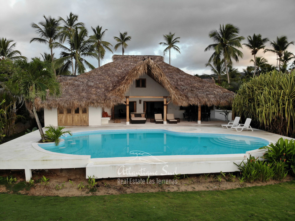 beachfront villa los nomadas for sale4.jpg