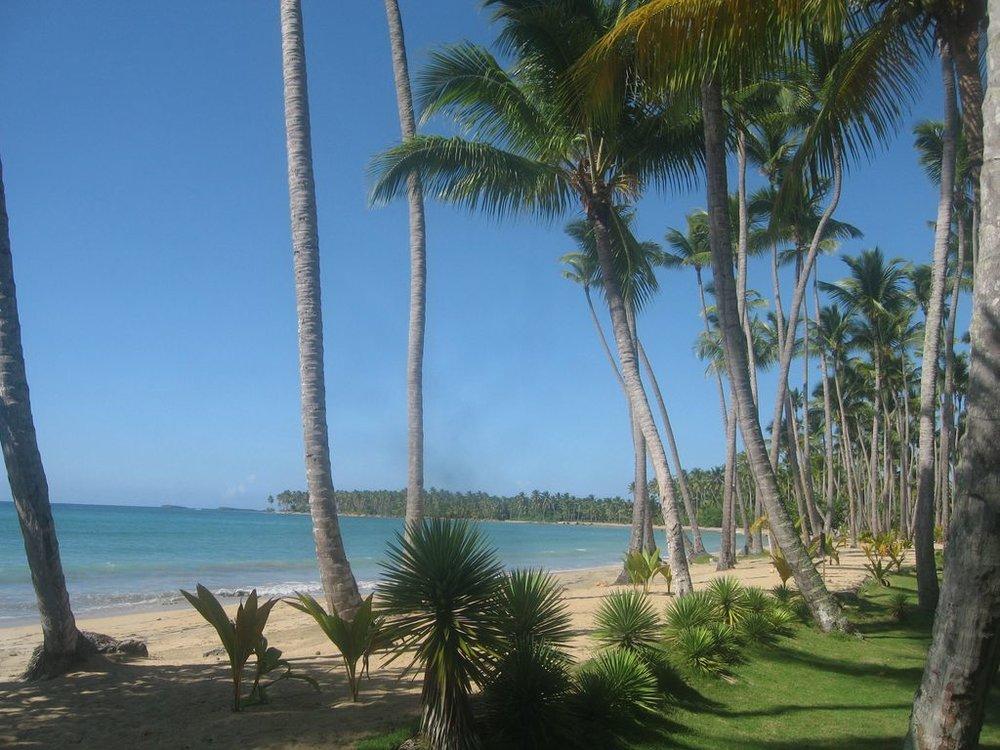 Los Nomadas beach.jpg