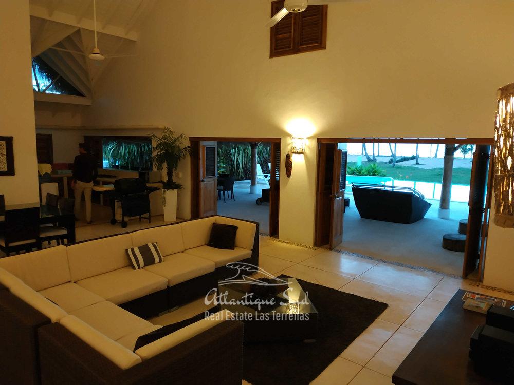 beachfront villa los nomadas for rent 124.jpg