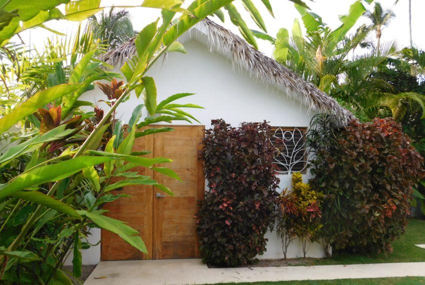villa-for-rent-near-playa-las-ballenas5.jpg