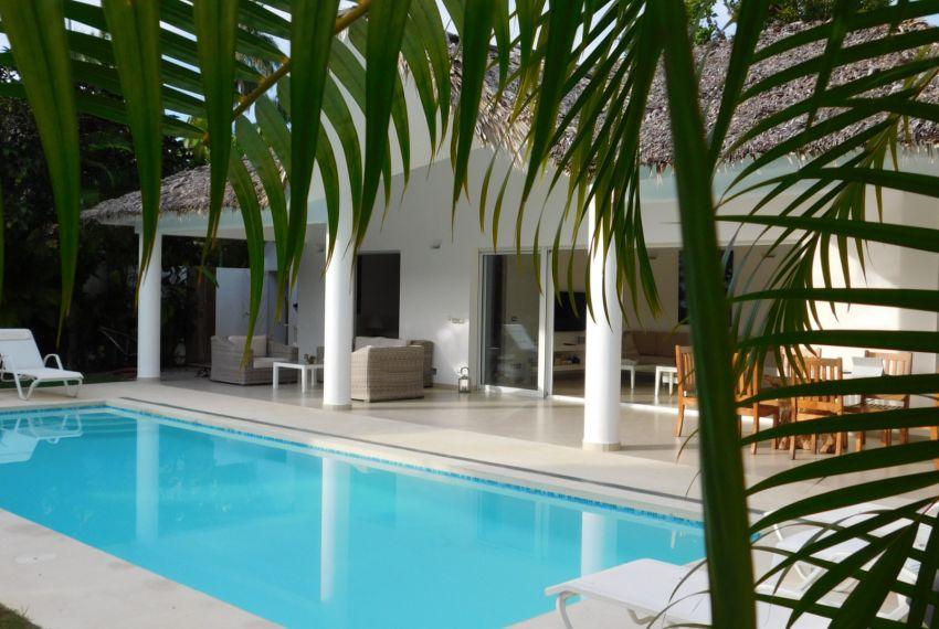 villa-for-rent-near-playa-las-ballenas4.jpg