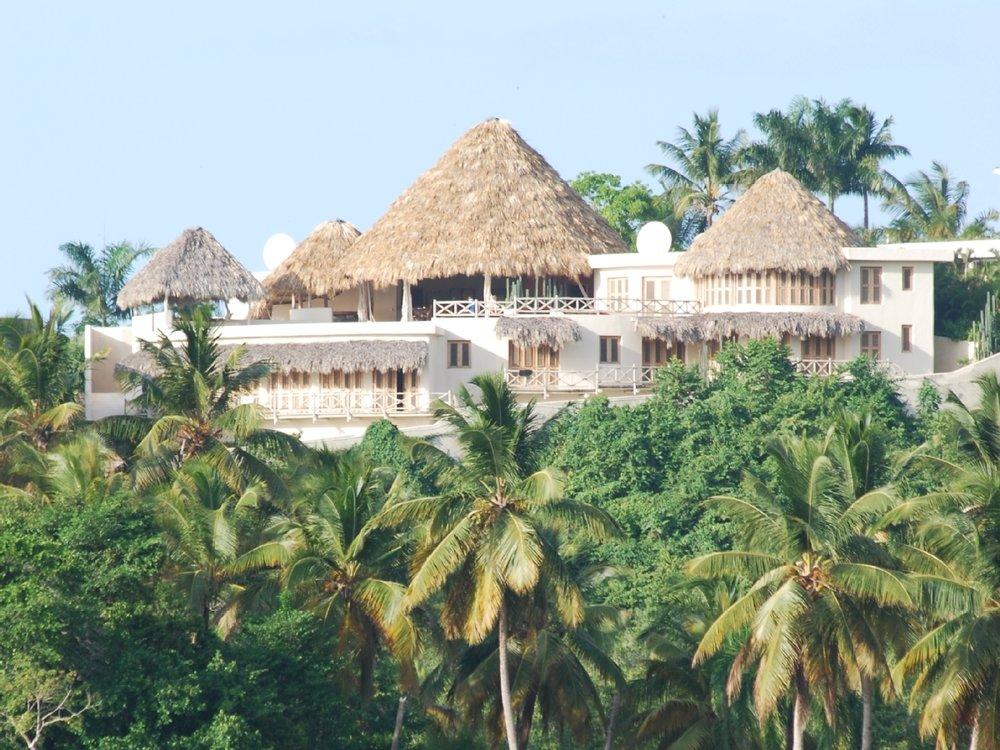 villa-for-rent-on-hill-near-beach-las-terrenas13.jpg