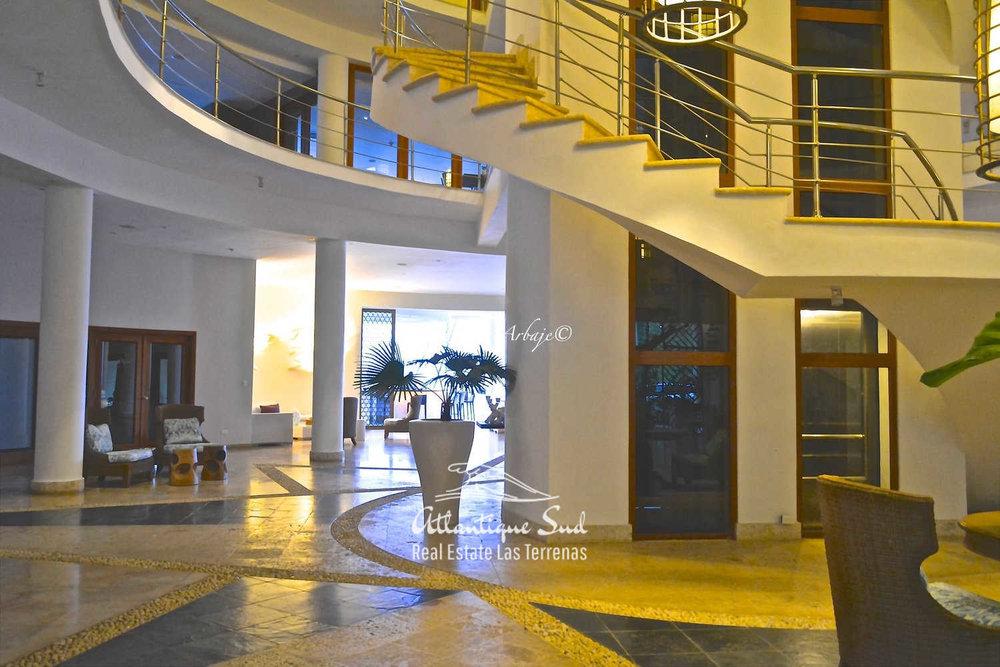 Spacious apartment with marina in samana15.jpg