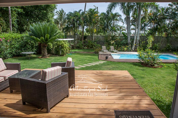 Bright villa with large garden close to beach Real Estate Las Terrenas Dominican Republic4.png