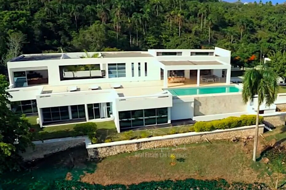 Modern Villa on a hill with ocean views Real Estate Las Terrenas Dominican Republic26.png