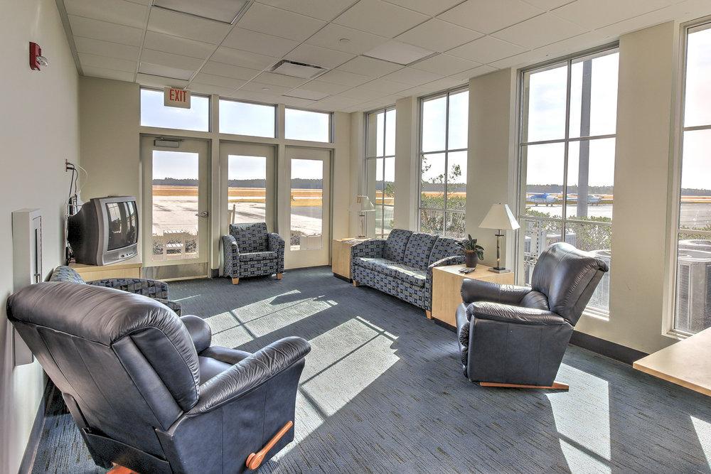 Airport Terminal - pilots lounge MLS.jpg